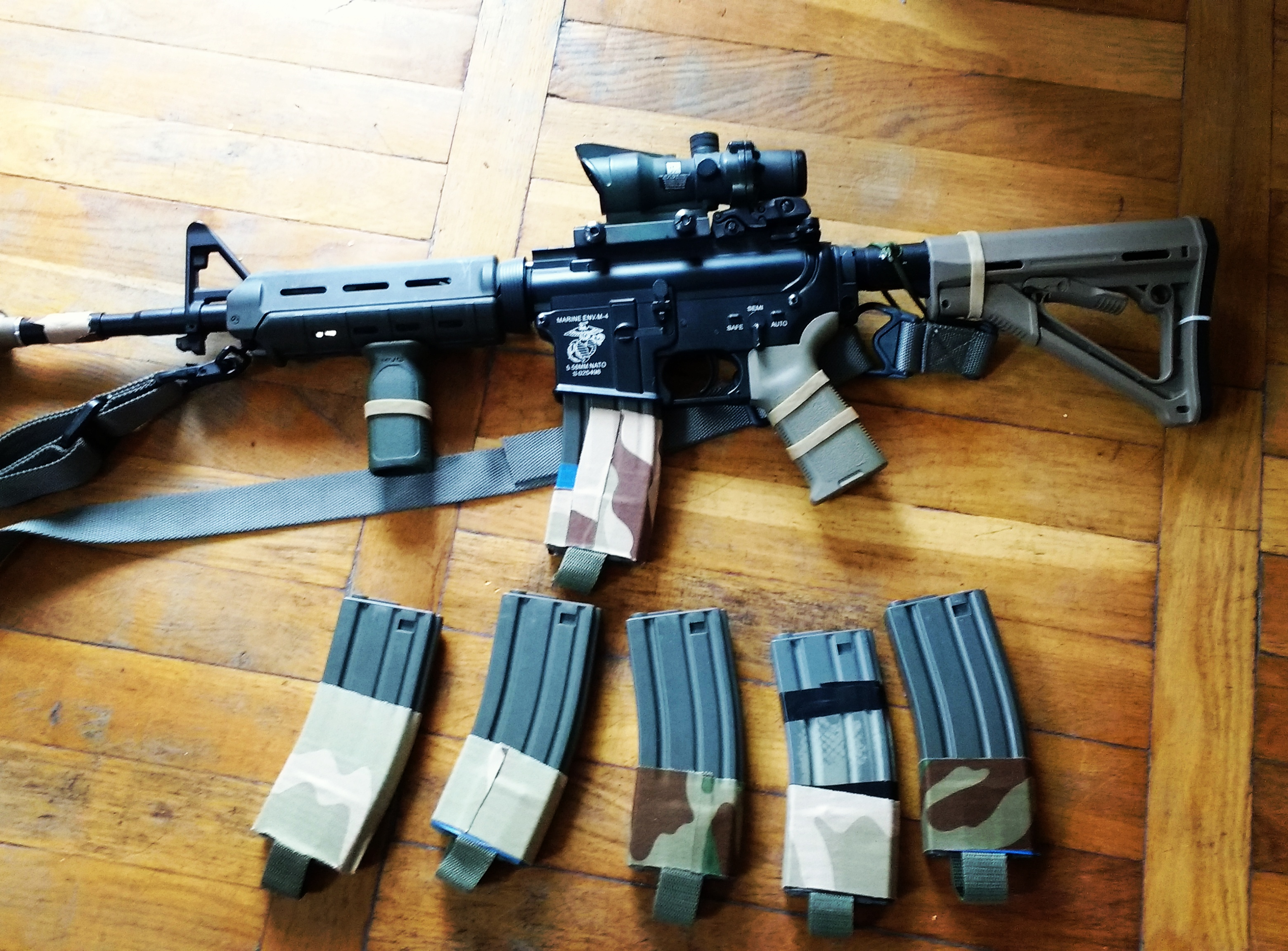 airsoft replica, magazines, scope